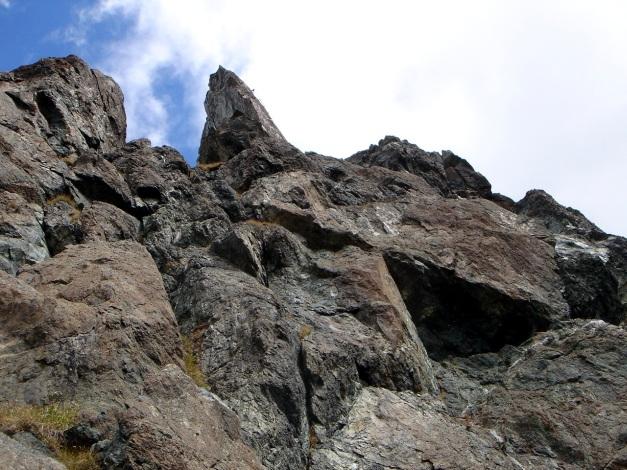 Foto: Manfred Karl / Klettersteigtour / Über den Westgrat Klettersteig auf die Blauspitze / Ganz oben ist die Ausstiegsplatte erkennbar / 26.02.2009 21:20:55