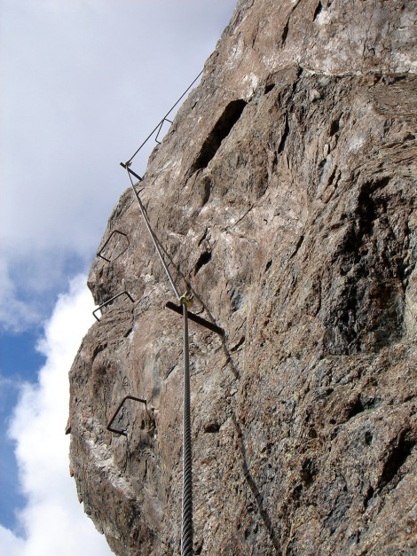 Foto: Manfred Karl / Klettersteigtour / Über den Westgrat Klettersteig auf die Blauspitze / Die steile Ausstiegsplatte / 26.02.2009 21:19:02