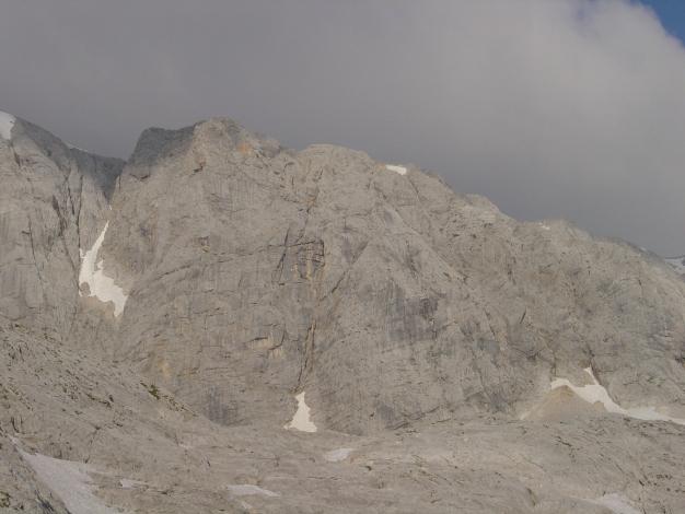 Foto: Manfred Karl / Klettersteig Tour / Wildkar Klettersteig / Vorderes Niederes Kreuz, über den rechten Grat verläuft der Klettersteig / 28.02.2009 10:30:47