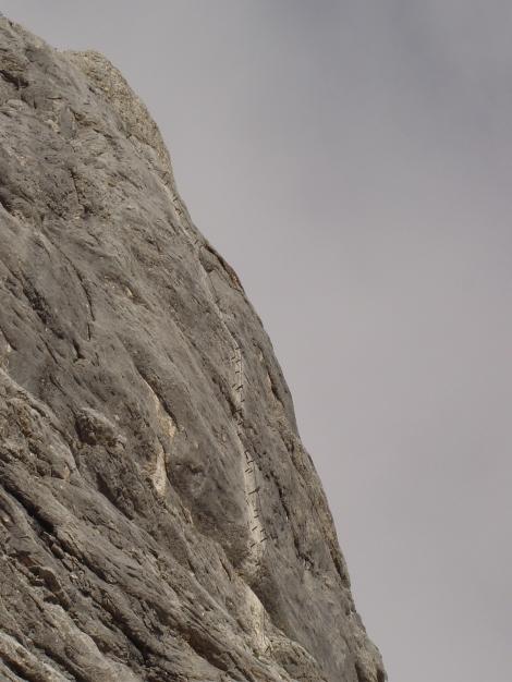Foto: Manfred Karl / Klettersteig Tour / Wildkar Klettersteig / Die steile Pfeilerwand / 28.02.2009 09:59:08