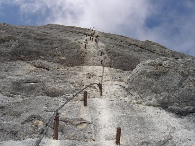 Foto: Manfred Karl / Klettersteig Tour / Wildkar Klettersteig / Da muss man schon ordentlich zupacken! / 28.02.2009 09:58:11