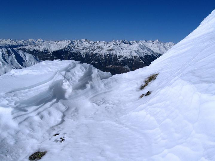 Foto: Andreas Koller / Ski Tour / Flimspitze (3113m) - Skidreitausender par excellence / Blick vom Grat in die Ötztaler Alpen / 02.03.2009 19:30:30