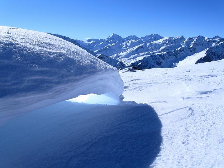 Foto: Andreas Koller / Ski Tour / Flimspitze (3113m) - Skidreitausender par excellence / Blick zu König Ortler (3905 m) und seinen Trabanten / 02.03.2009 19:28:11