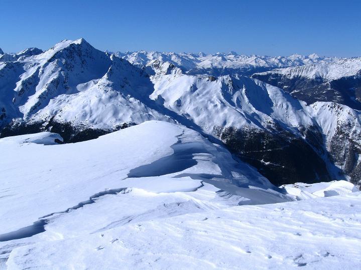 Foto: Andreas Koller / Ski Tour / Flimspitze (3113m) - Skidreitausender par excellence / Blick von der Gipfelfläche nach W / 02.03.2009 19:23:33