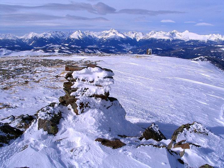 Foto: Andreas Koller / Skitour / Über den Geiger auf den Kilnprein (2408m) / Im N grüßen die Niederen Tauern / 11.03.2009 20:57:00