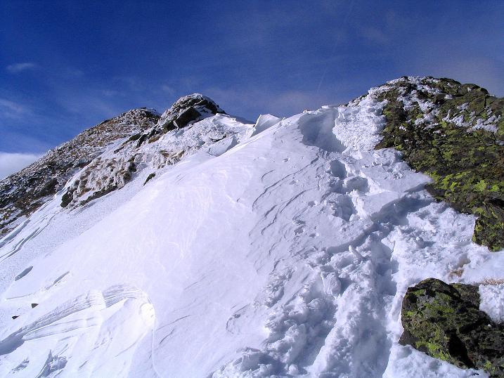 Foto: Andreas Koller / Skitour / Über den Geiger auf den Kilnprein (2408m) / Dre Grat glitzert in der Sonne / 11.03.2009 20:55:43