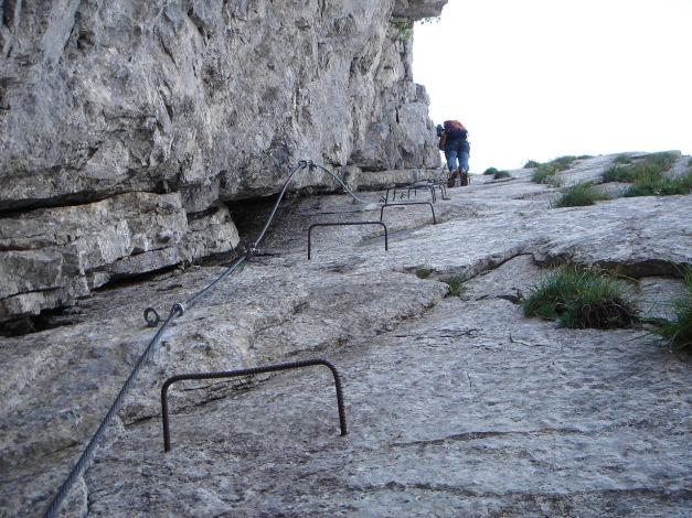Foto: Manfred Karl / Klettersteig Tour / Cellon Via ferrata senza confine - Weg ohne Grenzen / Einstiegsverschneidung / 12.03.2009 21:40:55