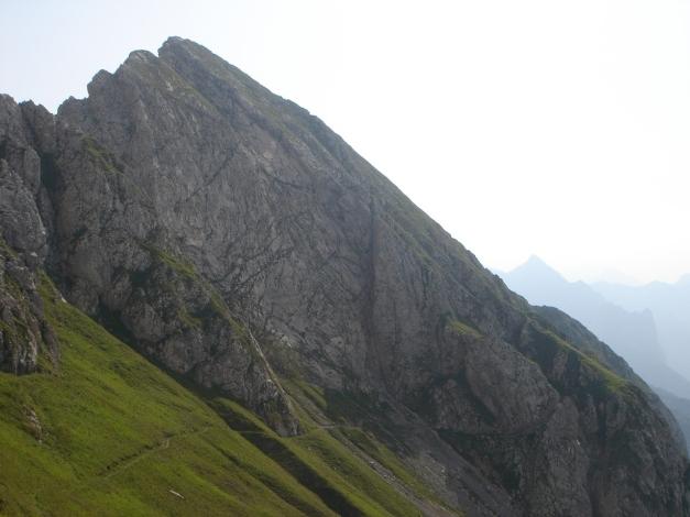 Foto: Manfred Karl / Klettersteig Tour / Cellon Via ferrata senza confine - Weg ohne Grenzen / Rückblick zum Cellon mit dessen Normalweg / 12.03.2009 21:22:01