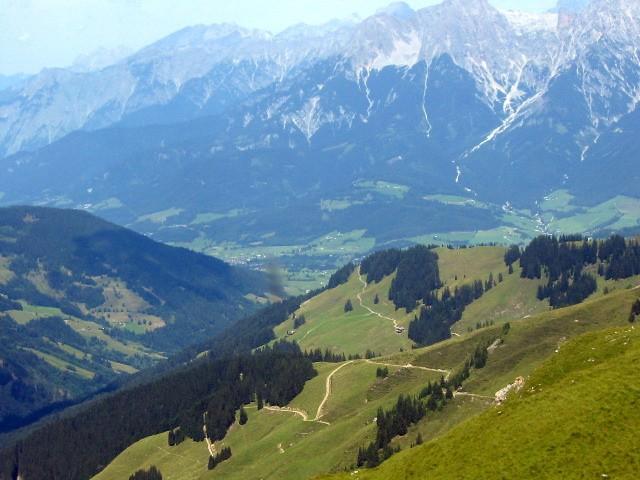 Foto: Tom / Mountainbike Tour / Hundsstein - Auffahrt von Bruck / Auffahrt Hundsstein mit Traumblick auf die Hohen Tauern - im Hintergrund Kitzsteinhorn. / 12.03.2009 22:21:30