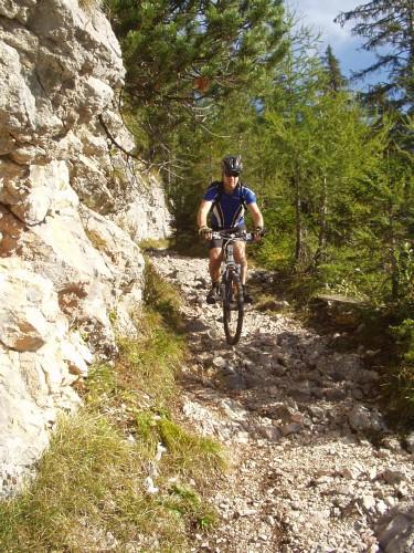 Foto: hofchri / Mountainbike Tour / Rund um das Lattengebirge über Moosenalm (1424 m) / rassiger Downhill / 13.03.2009 19:18:37