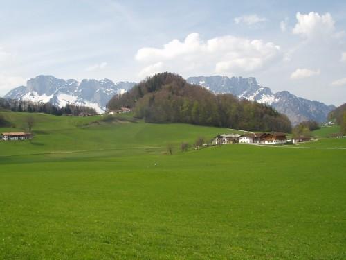 Foto: hofchri / Mountainbike Tour / Roßfeldstraße (1543 m) von Hallein / Blick zum Untersberg / 13.03.2009 19:31:59