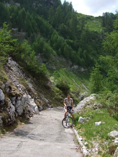 Foto: hofchri / Mountainbike Tour / Kehlstein (1837 m) von Berchtesgaden / steile Auffahrt zum Kehlsteinhaus / 13.03.2009 19:35:23