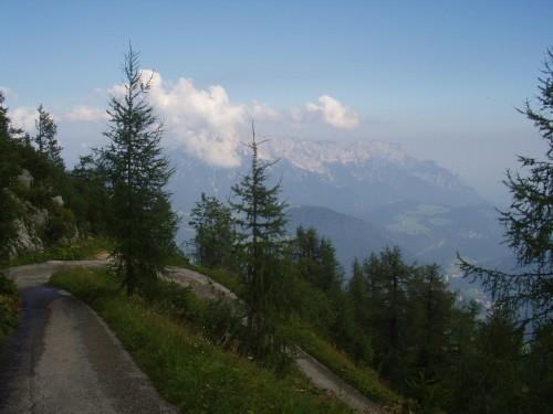 Foto: hofchri / Mountainbike Tour / Kehlstein (1837 m) von Berchtesgaden / die letzten Kehren / 13.03.2009 19:35:39