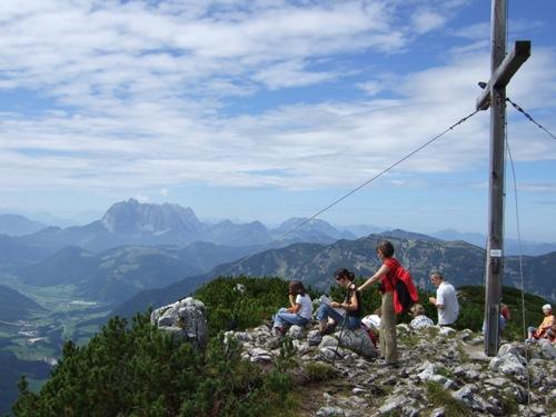 Foto: hofchri / Mountainbike Tour / Steinplatte (1869 m) und Loferer Alm (1496 m) / Gipfekreuz auf der Steinplatte (1869 m) / 13.03.2009 19:43:19