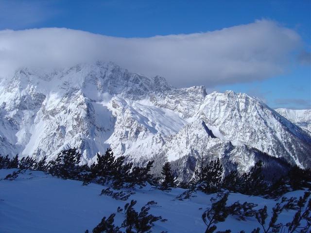 Foto: Manfred Karl / Ski Tour / Watzmann Gugl, 1801 m / Hochkalter mit den schönen Schihängen der Hochalm (siehe Alpintouren.at) / 15.03.2009 06:54:42