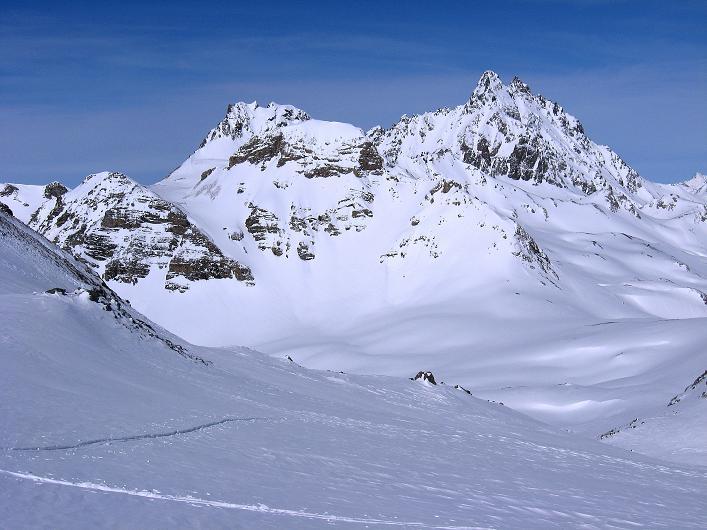 Foto: Andreas Koller / Ski Tour / Piz Tasna (3179m) und Piz Davo Lais (3027m) - Dreitausender über Scuol / Fluchthorn (3399 m) und Spitzige Krone (3188 m) / 15.03.2009 18:27:02