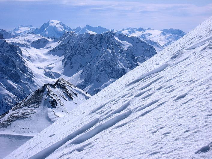 Foto: Andreas Koller / Ski Tour / Piz Tasna (3179m) und Piz Davo Lais (3027m) - Dreitausender über Scuol / Blick zur Ortler-Gruppe / 15.03.2009 18:26:17