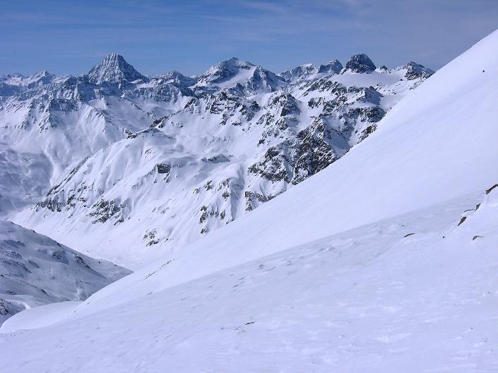 Foto: Andreas Koller / Ski Tour / Piz Tasna (3179m) und Piz Davo Lais (3027m) - Dreitausender über Scuol / 15.03.2009 18:24:52