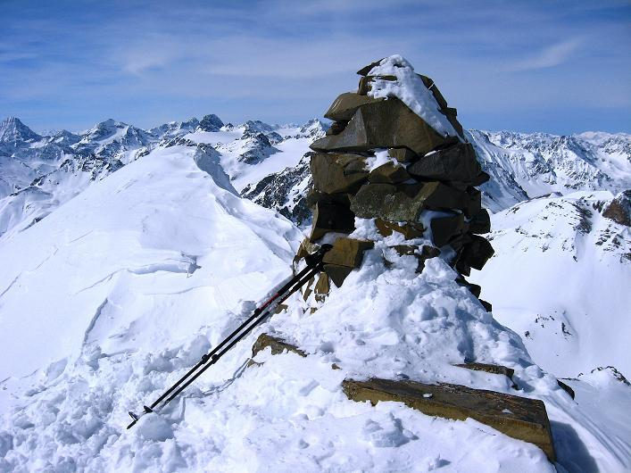 Foto: Andreas Koller / Ski Tour / Piz Tasna (3179m) und Piz Davo Lais (3027m) - Dreitausender über Scuol / 15.03.2009 18:21:04