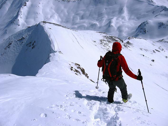 Foto: Andreas Koller / Ski Tour / Piz Tasna (3179m) und Piz Davo Lais (3027m) - Dreitausender über Scuol / Steilabstieg am O-Grat / 15.03.2009 18:20:55