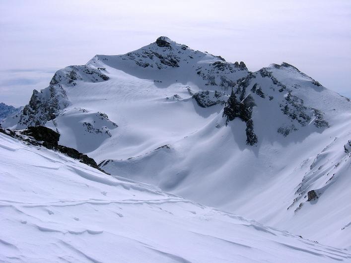 Foto: Andreas Koller / Ski Tour / Piz Tasna (3179m) und Piz Davo Lais (3027m) - Dreitausender über Scuol / Blick auf den Piz Tasna / 15.03.2009 18:13:36