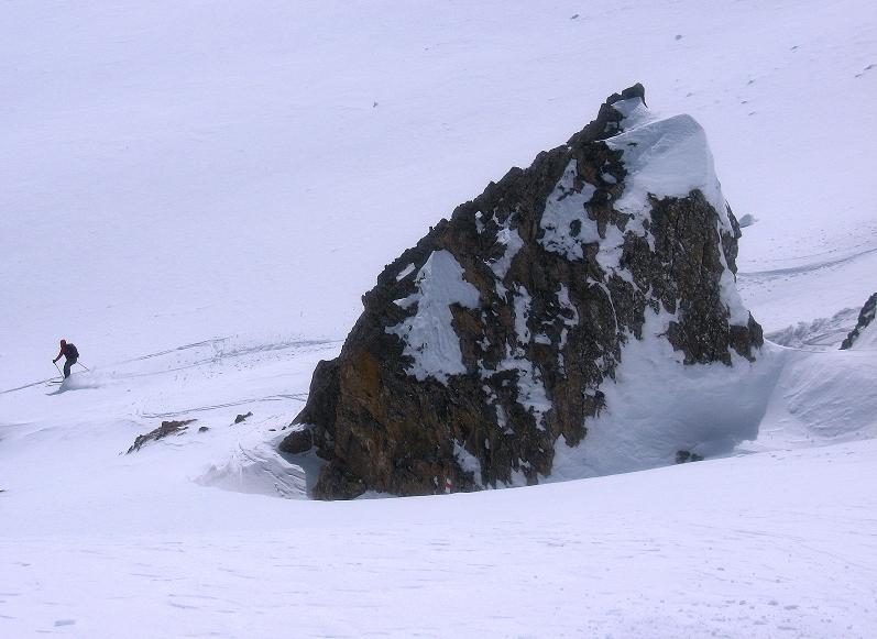 Foto: Andreas Koller / Ski Tour / Piz Tasna (3179m) und Piz Davo Lais (3027m) - Dreitausender über Scuol / Abfahrt vom Piz Davo Lais / 15.03.2009 18:12:53