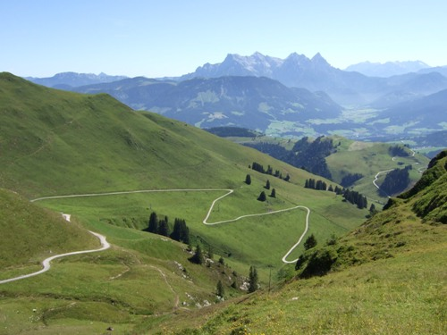 Foto: hofchri / Mountainbiketour / Kitzbüheler Horn (1996 m) und Lachtalalm (1673 m) / Auffahrt von den Reintalalmen / 18.03.2009 19:40:03