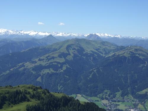 Foto: hofchri / Mountainbike Tour / Kitzbüheler Horn (1996 m) und Lachtalalm (1673 m) / Panorama vom Kitzbühleler Horn / 18.03.2009 19:41:30