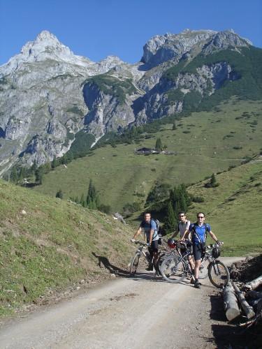 Foto: hofchri / Mountainbike Tour / Bischlinghöhe (1834 m) von Pfarrwerfen / 20.03.2009 19:20:03