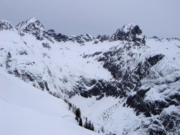 Foto: Manfred Karl / Ski Tour / Auf der Mutte (2187m) / Allgäuer Berge um die Hermann von Barth Hütte / 26.03.2009 20:27:27