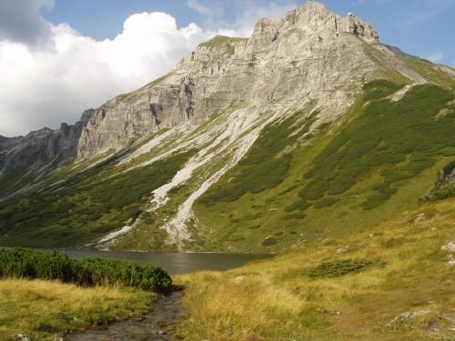 Foto: hofchri / Mountainbike Tour / Oberhüttensee (1869 m) über Vögeialm / Meregg (2235 m) / 02.04.2009 20:30:26
