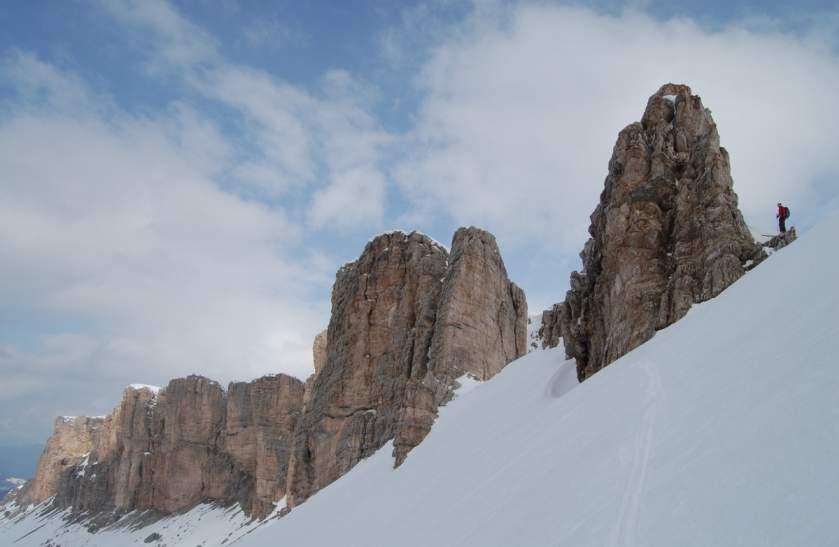 Foto: Bernhard Berger / Ski Tour / Von Wolkenstein auf den Col Toronn (2655m) / Steilhang zum Crespeinajoch (Foto Bernd Golas) / 08.04.2009 06:59:52