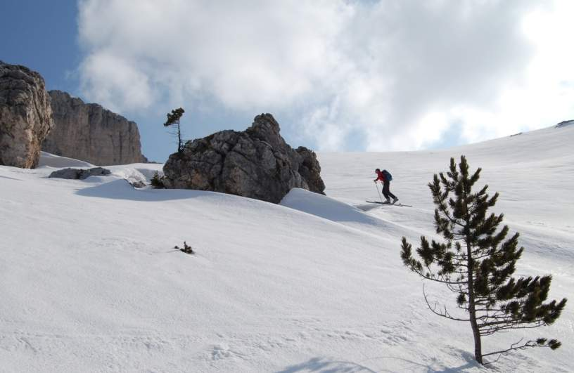 Foto: Bernhard Berger / Ski Tour / Von Wolkenstein auf den Col Toronn (2655m) / Val Chedul (Foto Bernd Golas) / 08.04.2009 07:01:26