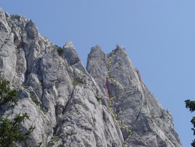 Foto: Manfred Karl / Kletter Tour / Überschreitung der Adlerspitze / V-Riss linker Ausstieg und Heizendorferriss / 07.04.2009 21:36:33