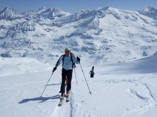 Foto: hofchri / Ski Tour / Hohe Fürleg (2943m),  Stubacher Sonnblick (3088m) und Granatspitze (3086m) vom Enzingerboden / Aufstieg zum Stubacher Sonnblick / 08.04.2009 21:04:48