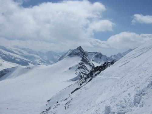 Foto: hofchri / Ski Tour / Hohe Fürleg (2943m),  Stubacher Sonnblick (3088m) und Granatspitze (3086m) vom Enzingerboden / Blick zur Granatspitze hinüber / 08.04.2009 21:05:49