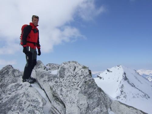 Foto: hofchri / Ski Tour / Hohe Fürleg (2943m),  Stubacher Sonnblick (3088m) und Granatspitze (3086m) vom Enzingerboden / Granatspitze (3086 m) ohne Gipfelkreuz / 08.04.2009 21:08:53