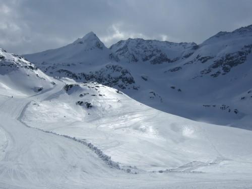 Foto: hofchri / Ski Tour / Hohe Fürleg (2943m),  Stubacher Sonnblick (3088m) und Granatspitze (3086m) vom Enzingerboden / zurück im Schigebiet Weißsee / 08.04.2009 21:11:54