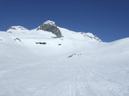 Foto: hofchri / Ski Tour / Hohe Fürleg (2943m),  Stubacher Sonnblick (3088m) und Granatspitze (3086m) vom Enzingerboden / vor uns der Hohe Fürleg / 08.04.2009 21:02:12