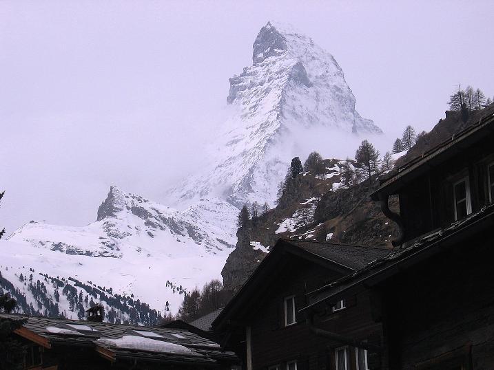 Foto: Andreas Koller / Schneeschuh Tour / Panorama-Schneeschuhtour auf die Gobba di Rollin (3899 m) / Der Löwe von Zermatt: das Matterhorn (4478 m) / 15.04.2009 23:51:54