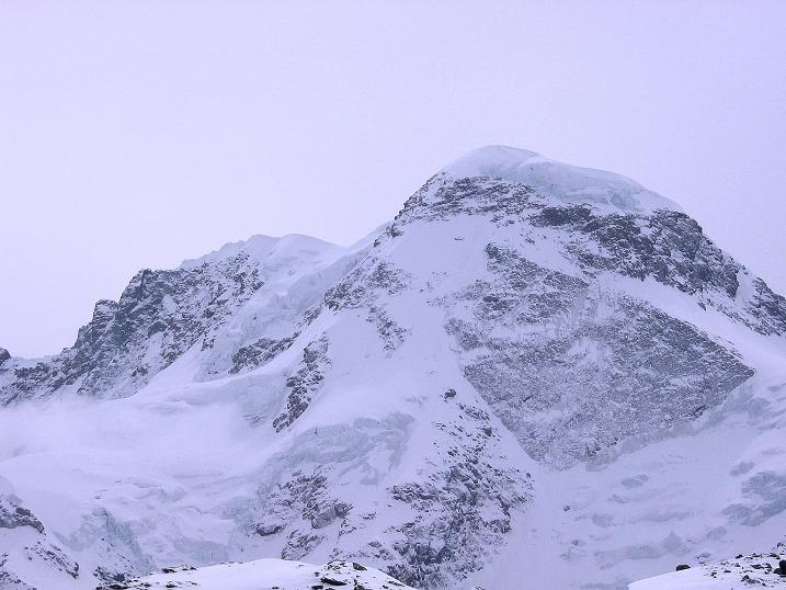 Foto: Andreas Koller / Schneeschuh Tour / Panorama-Schneeschuhtour auf die Gobba di Rollin (3899 m) / Breithorn (4164 m) / 15.04.2009 23:51:34