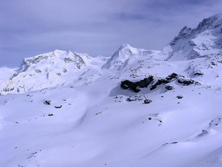 Foto: Andreas Koller / Schneeschuh Tour / Panorama-Schneeschuhtour auf die Gobba di Rollin (3899 m) / Walliser 4000er: Monte Rosa (4634 m) und Lyskamm (4527 m) / 15.04.2009 23:45:24
