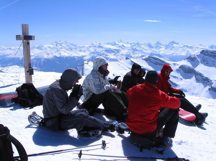 Foto: Andreas Koller / Ski Tour / Hoch über dem Gemmipass aufs Steghorn (3146m) / 16.04.2009 02:49:42