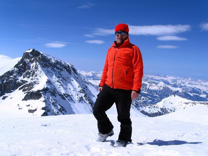 Foto: Andreas Koller / Ski Tour / Hoch über dem Gemmipass aufs Steghorn (3146m) / 16.04.2009 02:46:58