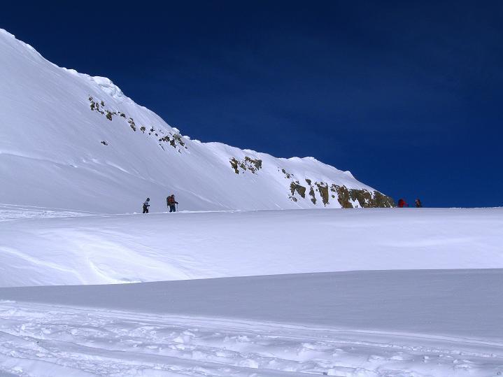 Foto: Andreas Koller / Ski Tour / Berner Alpen Durchquerung 2: Äbeni Flue (3962m) / 17.04.2009 23:02:10