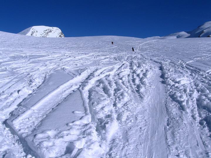 Foto: Andreas Koller / Ski Tour / Berner Alpen Durchquerung 2: Äbeni Flue (3962m) / 17.04.2009 23:01:58
