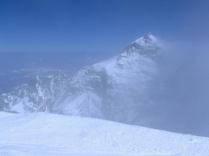 Foto: Andreas Koller / Ski Tour / Berner Alpen Durchquerung 2: Äbeni Flue (3962m) / 17.04.2009 22:58:23