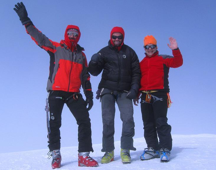 Foto: Andreas Koller / Ski Tour / Berner Alpen Durchquerung 2: Äbeni Flue (3962m) / 17.04.2009 22:58:16