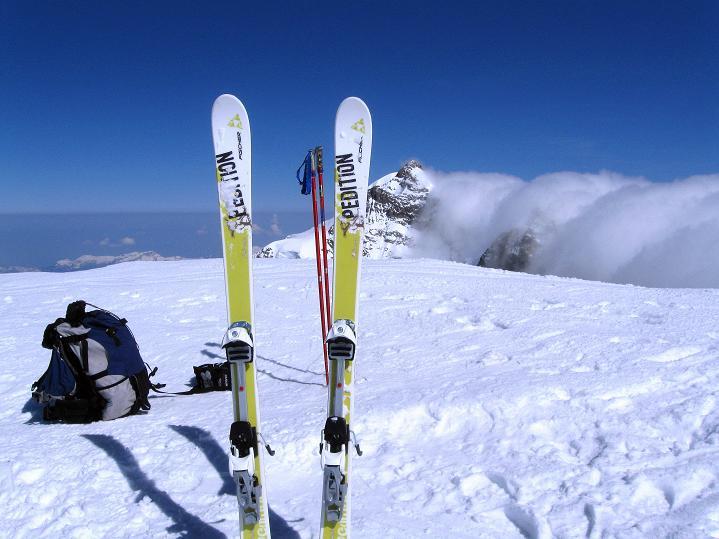 Foto: Andreas Koller / Ski Tour / Berner Alpen Durchquerung 2: Äbeni Flue (3962m) / 17.04.2009 22:57:43