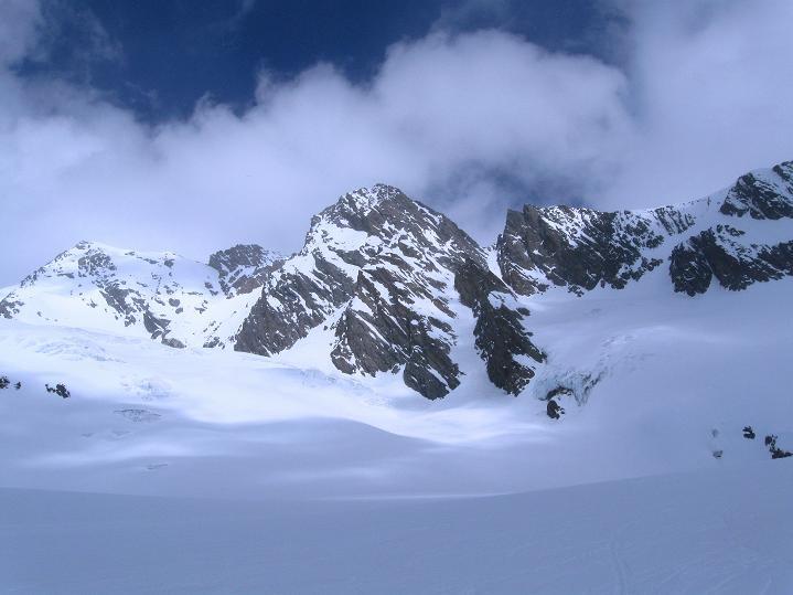 Foto: Andreas Koller / Ski Tour / Berner Alpen Durchquerung 2: Äbeni Flue (3962m) / 17.04.2009 22:56:29